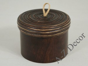 Wooden box with lid 13x9cm [003010]