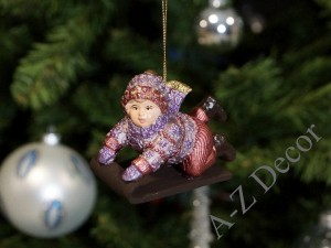 Child with sledge Christmas ornament 9cm [AZ01611]