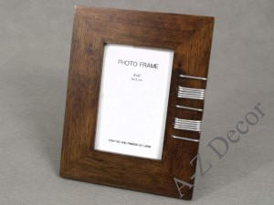 Wooden photo frame with metal 23cm [AZ01803]