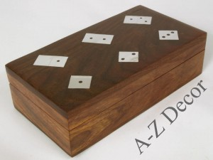 Wooden box with domino and dice 16cm [AZ01563]