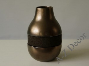 Low ceramic vase with cork 20,6cm  [000372]