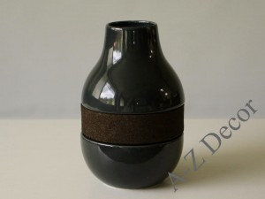 Low vase with black cork 20,6cm [000370]