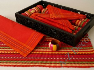 Cotton table set in decorative tray [AZ00489]