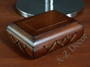 Wooden box for jewelry 17cm [AZ00520]