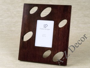 Wooden photo frame with holes [AZ00399]