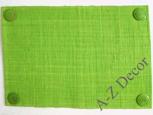 Green raffia table placemat with coconut wheels [AZ01087]