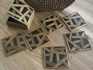Wooden coaster set of six with case [AZ00125]